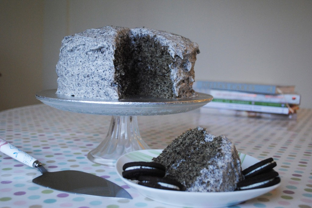 Oreo Cookies and Cream Cake