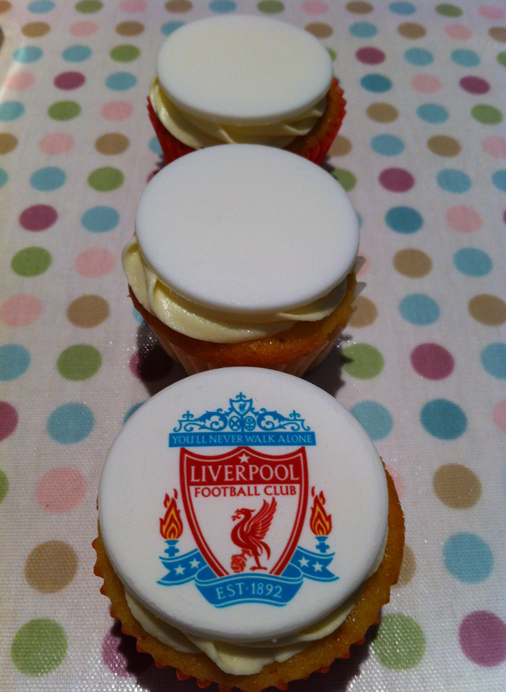 Victoria Sponge Blog - Liverpool with discs