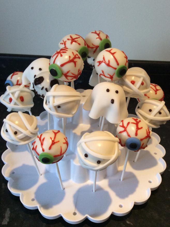 Halloween cake pops 2 - victoria-sponge BLOG