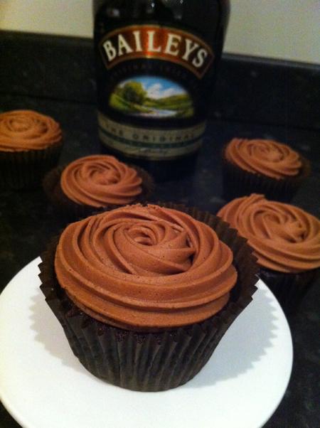 Baileys Cupcakes - victoria-sponge BLOG